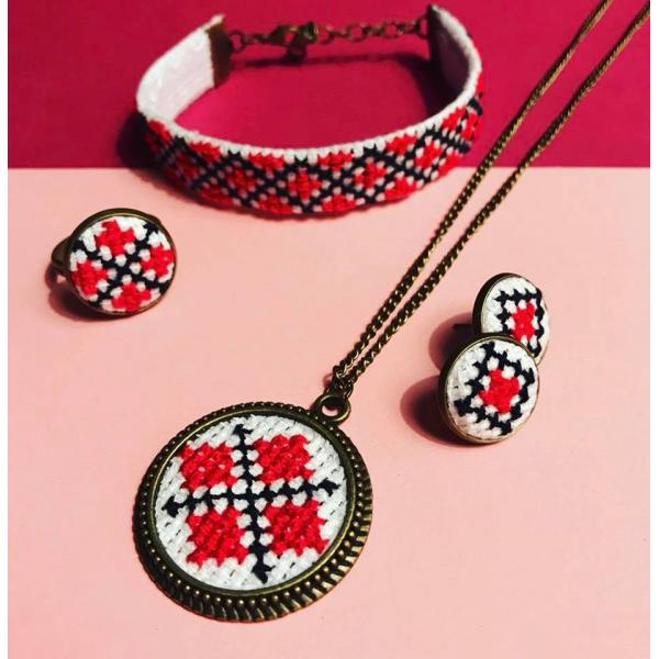 Set traditional 4 accesorii