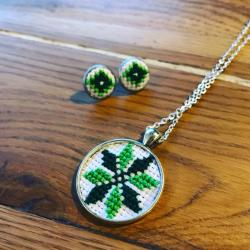 Set medalion si cercei verzi